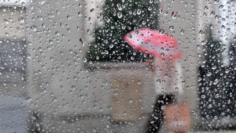 Lluvias y tormentas dispersas