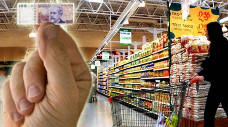 Aumentó 50,67% la canasta alimentaria en un año