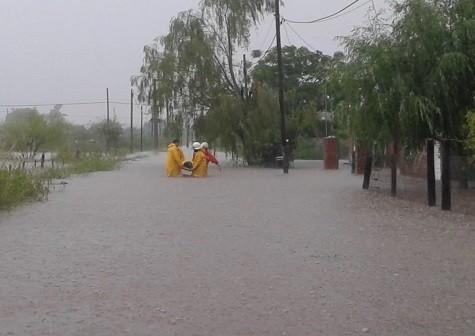 30 evacuados en la ciudad de Leones