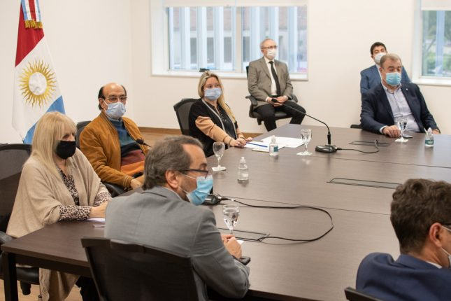 Legisladores se reunieron de forma virtual con autoridades del COE