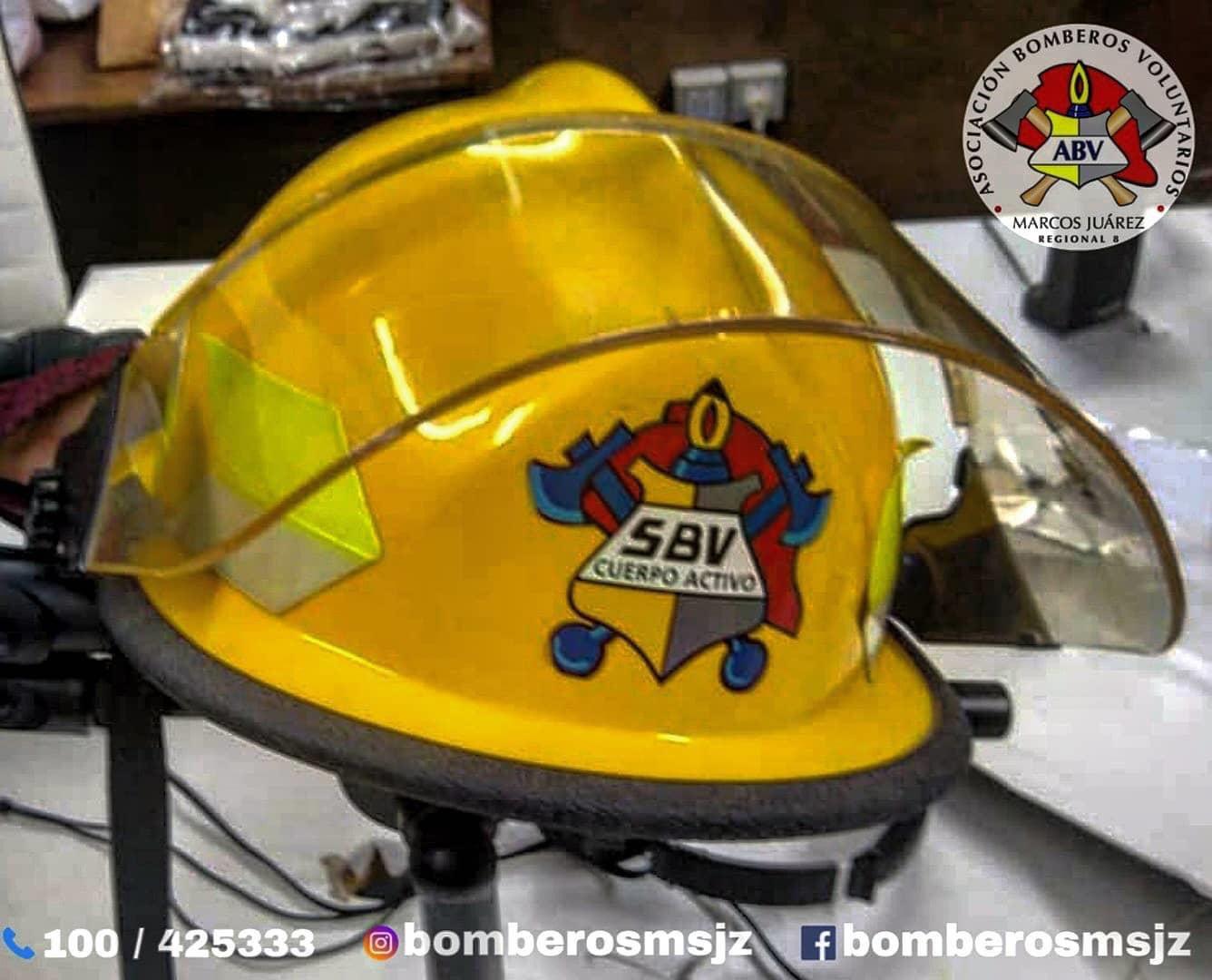 Un casco de bomberos se subastó en 40 Mil pesos